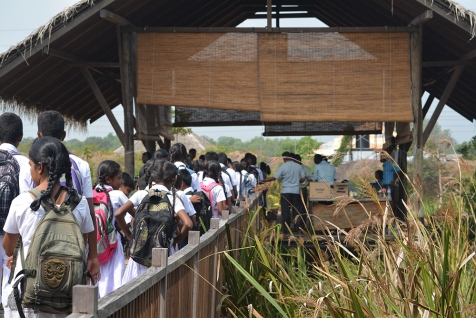 Students arriving at the Thalawathugoda Biodiversity Study Park